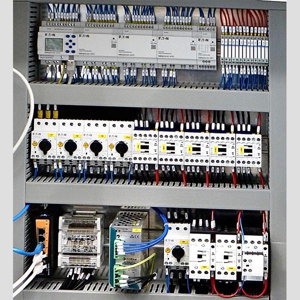Quadro elettrico di comando - CO.MA.FER. Macchine Srl